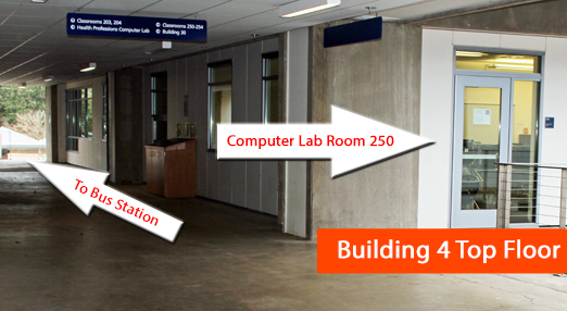 arrow pointing to computer lab